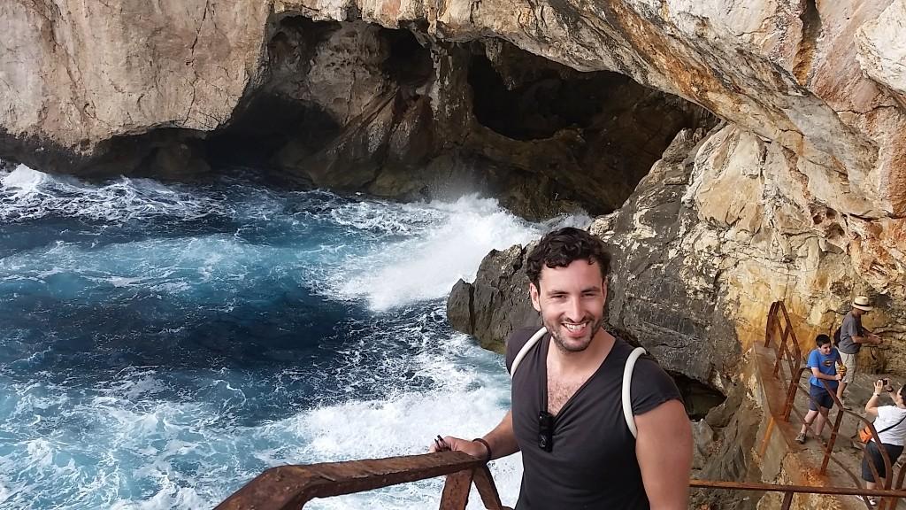 Neptune's Grotto entrance (Grotta di Nettuno), Alghero