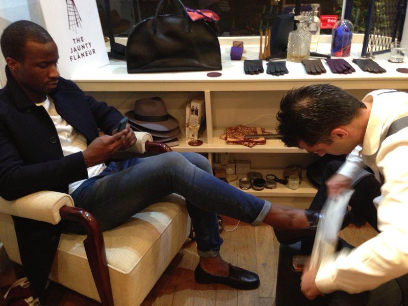 Monsieur London shoe shine