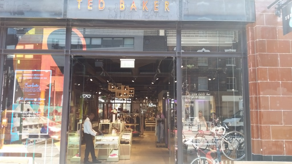 teds grooming room with ted baker moore maketh the man mens fashion. Black Bedroom Furniture Sets. Home Design Ideas