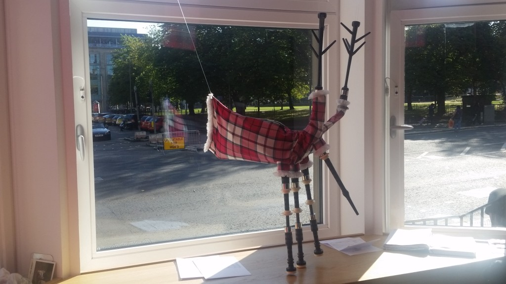 Bag pipes Ibis Hotel
