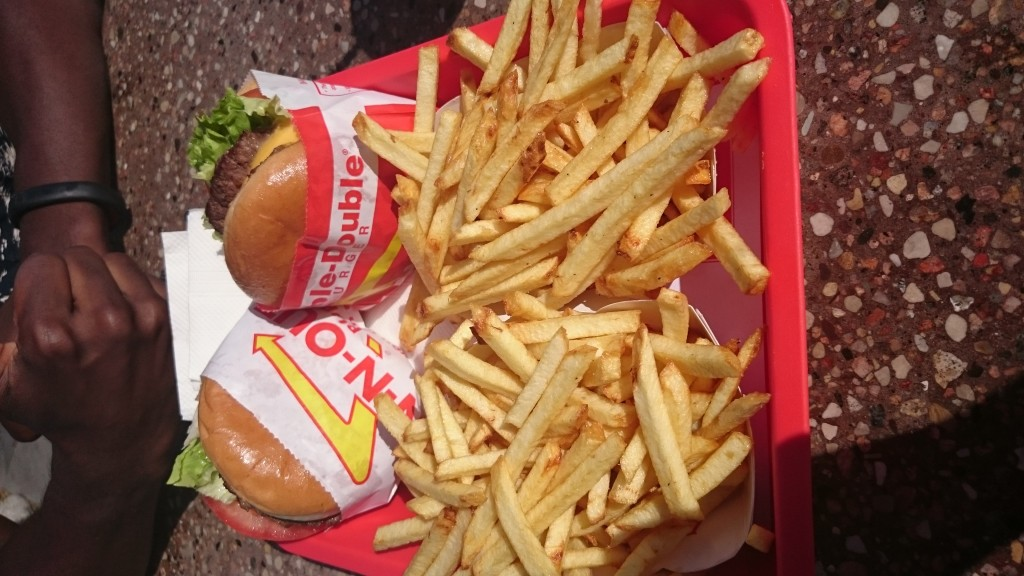 In and Out Burger chips Interstate 15