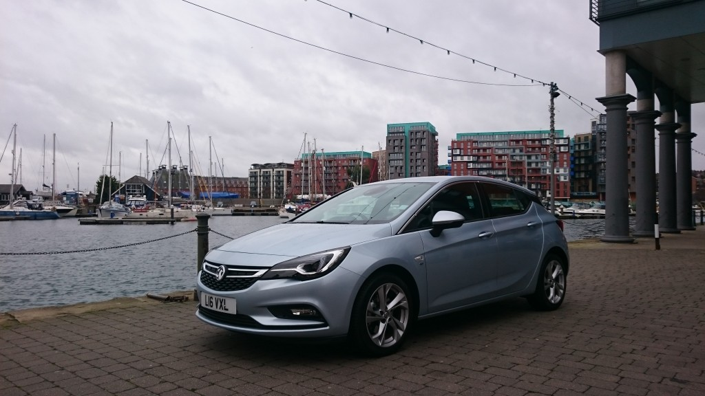 Maketh-the-man-Vauxhall-New-Astra-Exterior