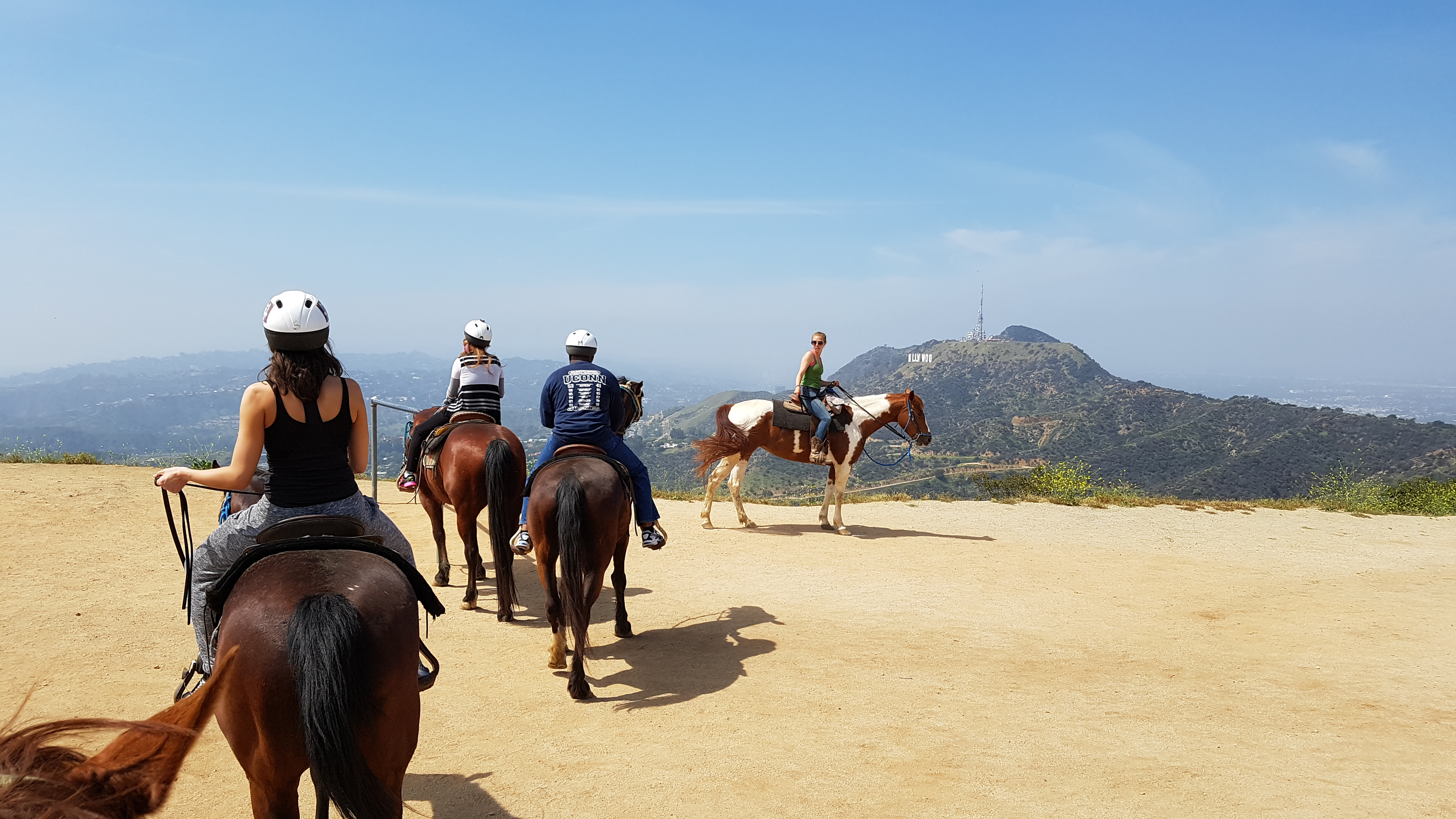Horse riding in the hollywood hills with sunset ranch for Where to go horseback riding near me