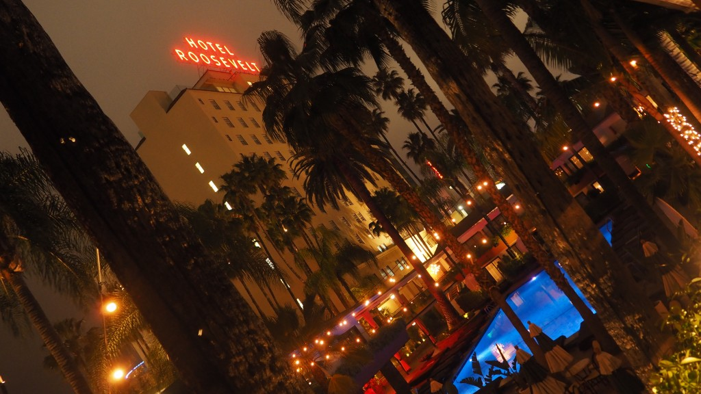 Hollywood Roosevelt Hotel at night