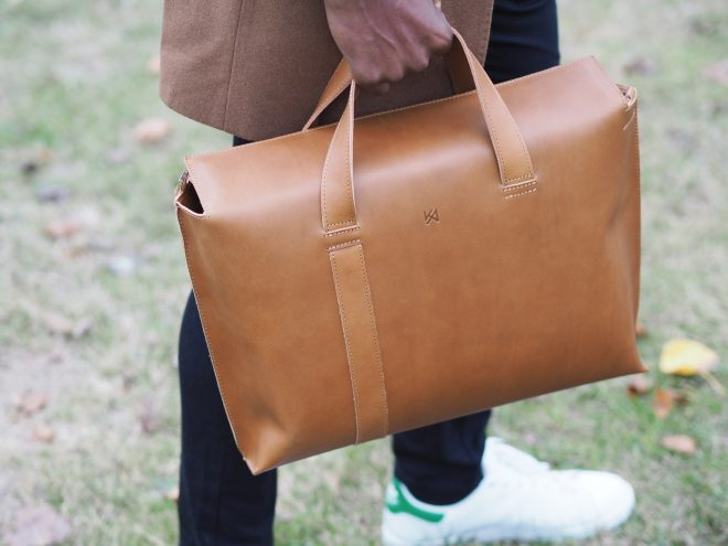 maketh-the-man-agneskovacs-asymmetric-messenger-bag