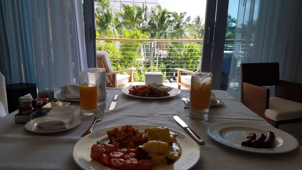 Miami Beach Edition Hotel breakfast