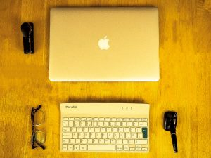 Maketh-the-man-Anton-Welcome-Penclic-C2-Mini-Keyboard