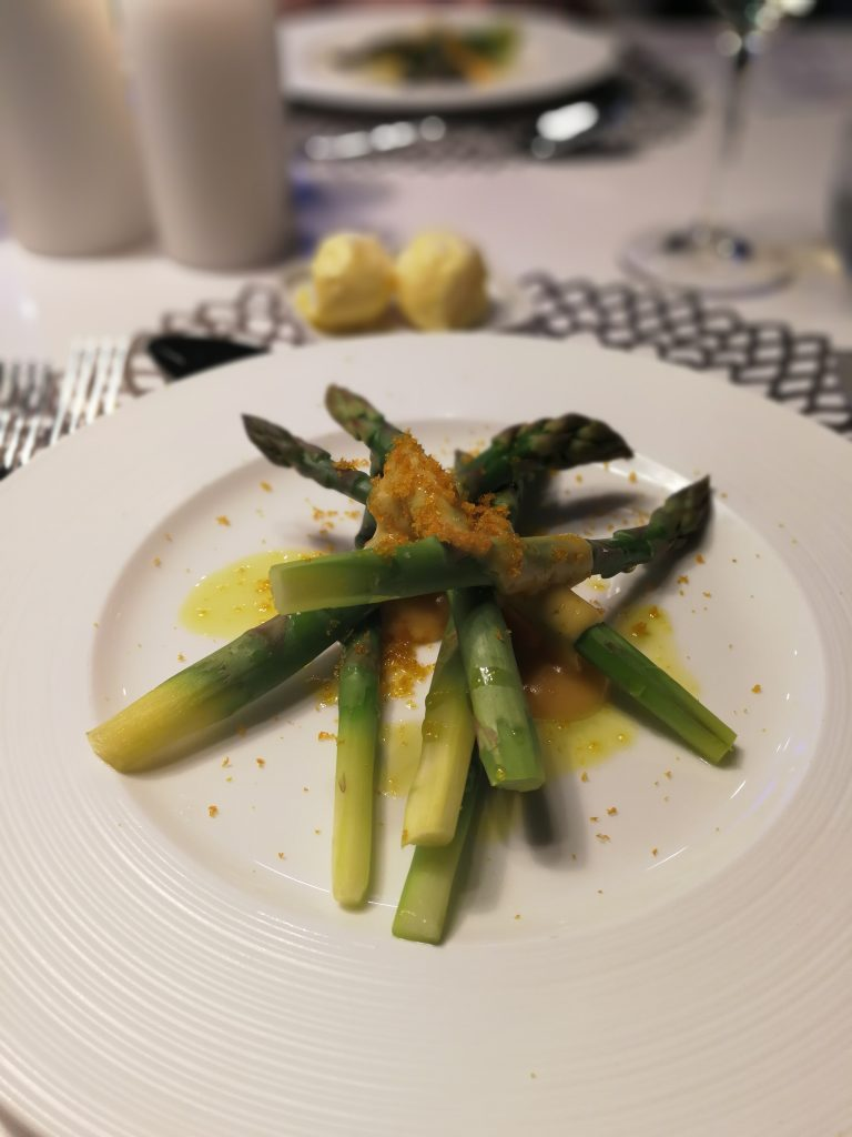 Maketh-the-Man-Anton-Welcome-Miele-Perfection-Series-Steamed-asparagus-with-hollandaise-and-bottarga