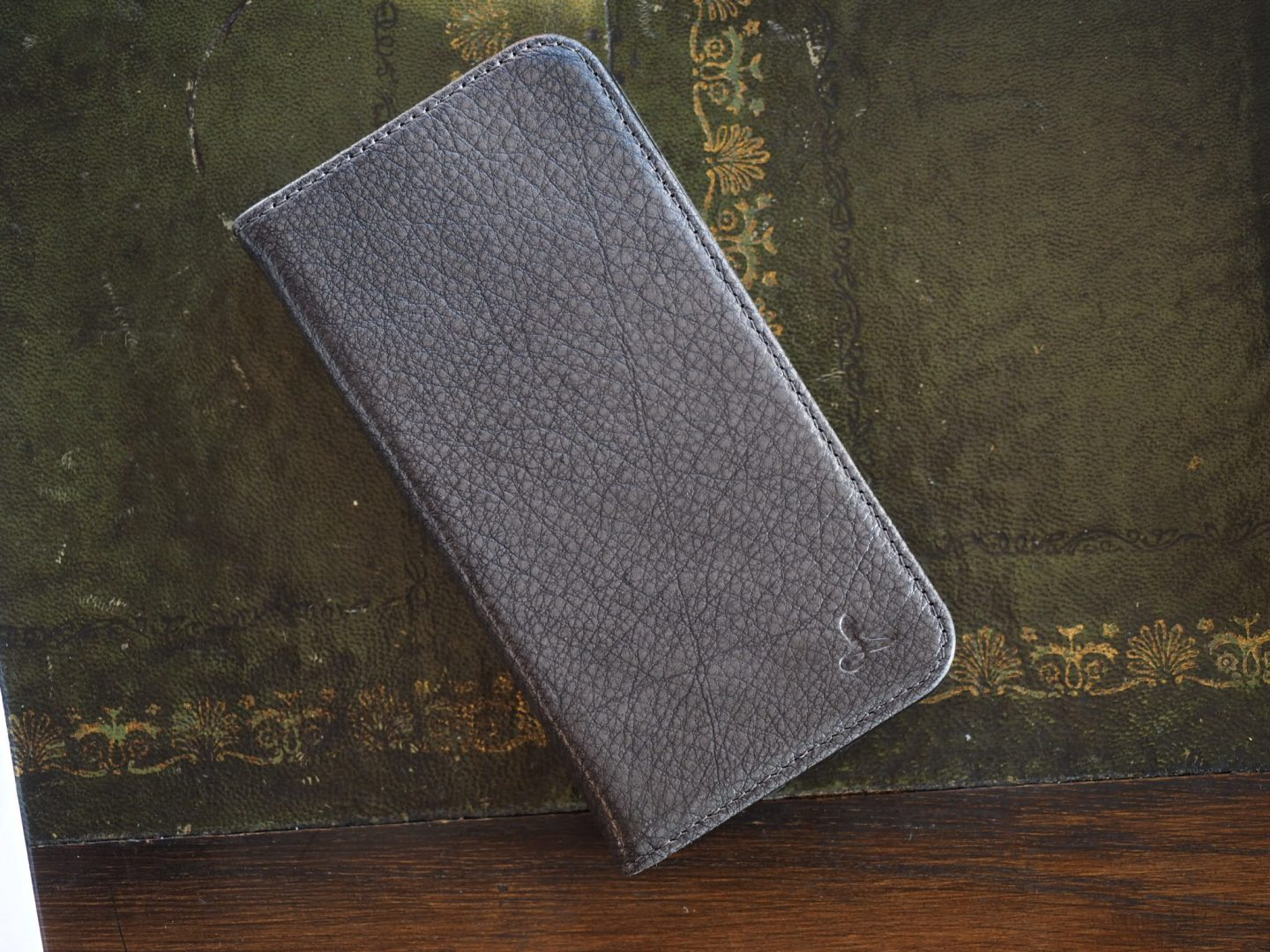online store 7ad3c 54f33 Snakehive Have Got Your iPhone X Covered - Maketh-The-Man   Mens ...
