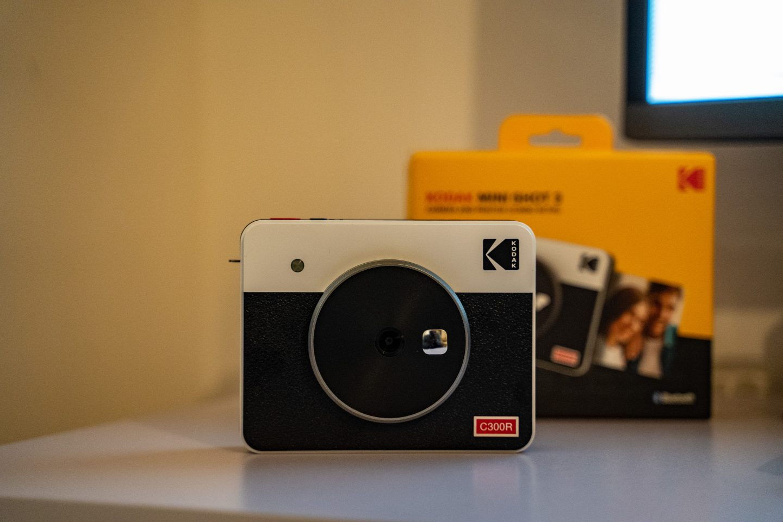 1-Maketh_the_Man-Anton_welcome-christmas_2020-Kodak-mini_shot