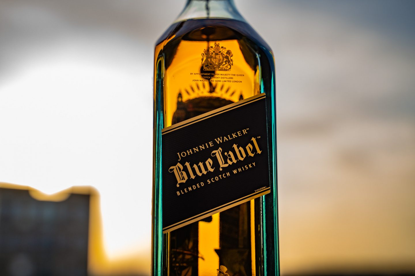 Maketh_the_Man-Anton_Welcome-Johnnie_Walker-Blue_Label_200